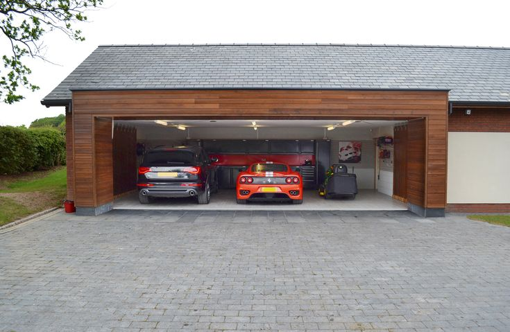 Triple garage garage ideas pinterest cars ferrari Triple car garage house plans