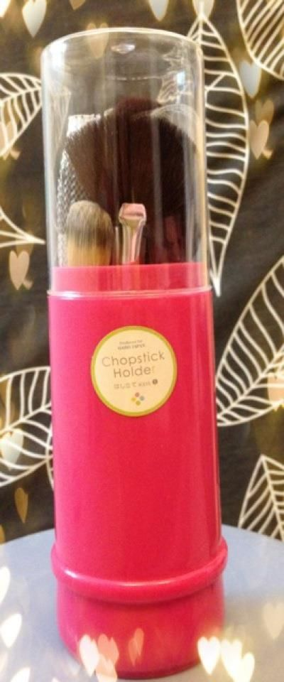 Don't want your makeup brushes to be dusty? Store it inside the chopstick holder!