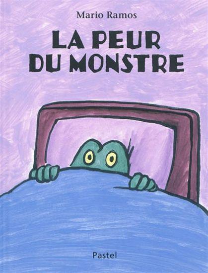 Polochon est un petit monstre tout doux qui aime les histoires et les bisous de sa maman le soir avant de se coucher. Par contre, il déteste se retrouver dans le noir car c'est le moment qu'un terrible monstre choisit pour surgir avec ses couettes, ses grimaces et ses prises de karaté.