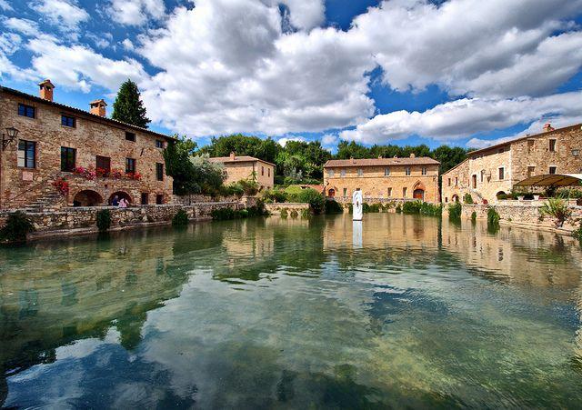 Bagno Vignoni with its ancient termal pool - 70 km from Relais La Suvera, Tuscany