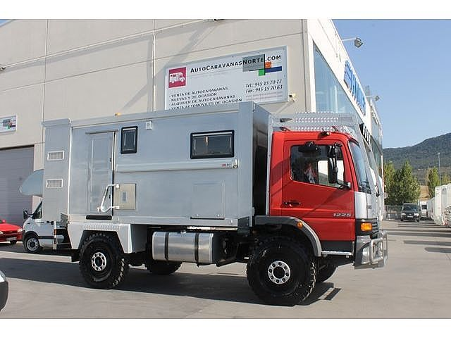 Mercedes benz atego 1225 af 4x4 ocasion autocaravana for Mercedes benz 4x4 truck