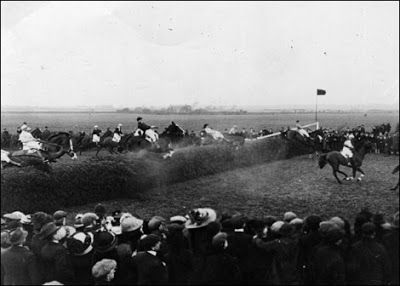2YO Racing Tips : The Oldest Grand National Winners
