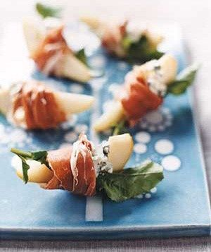 men shopping Pears With Blue Cheese, Arugula & Prosciutto | Side Dishes |