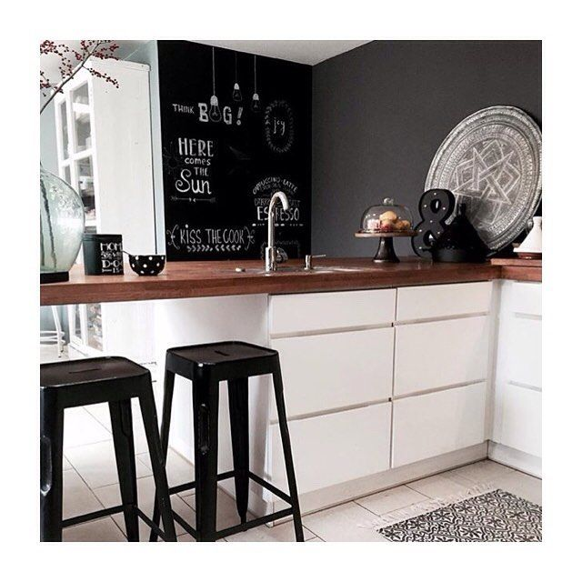 "162 Likes, 2 Comments - Kvik (@kvikkitchen) on Instagram: ""Cosy #manobykvik kitchen at the home of @leukwonen. We like her chalkboard wall which is a lovely…"""