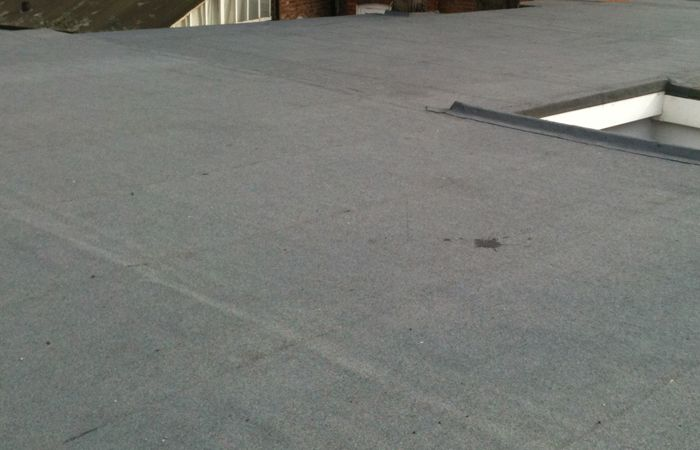Searching Out For Professional Flat Roofing Contractors Throughout Bronx Alright Say A Smiling Good Bye To All Of You Roofing Roofing Contractors Roof Repair