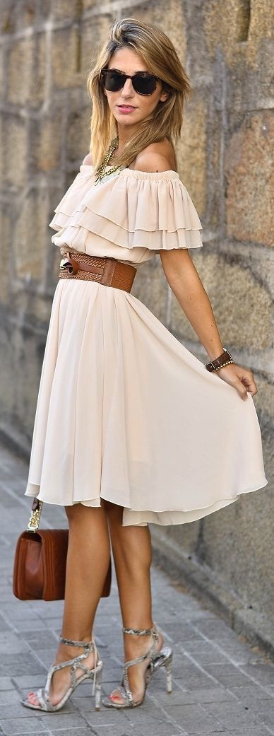*Sign up today to get 2017 Fashion trends sent right to your door, hand picked for you by your own personal STITCH FIX stylist! JUST $20!! Have it sent to you as much or as little as you'd like! Click the pic now to fill out your style profile! #SPONSORED. Beautiful off the shoulder ruffle nude / blush dress with belt & nude pumps