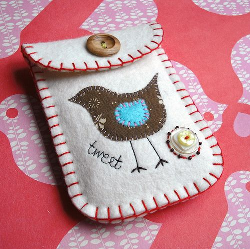 So cute little felt pouch with button