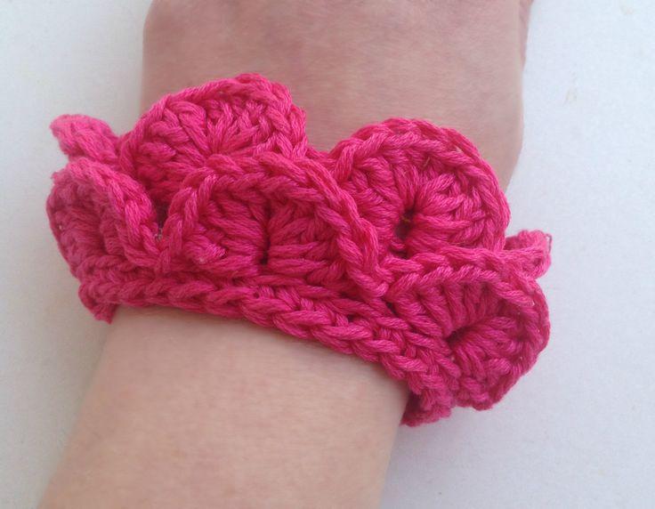 "Handmade crochet bracelet, ""Croco"", fuchsia cotton bracelet, spring - summer fashion, spring- summer accessories* by PixiesFairies on Etsy"