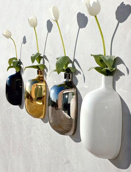 Chic fifty: vaso agganciabile alla parete.. utile per dare un tocco di vita ai tuoi attaccapanni. http://www.idfdesign.it/complementi-arredo-1/q115x22-chic-fifty.htm ( Chic fifty: vase attachable to the wall .. useful to give a touch of life to your coat rack. ) http://www.idfdesign.com/furniture-and-accessories-1/q115x22-chic-fifty.htm [ #design #designfurniture #AdrianiRossi #AdrianiERossi #Vaso #Pot #Vase ]