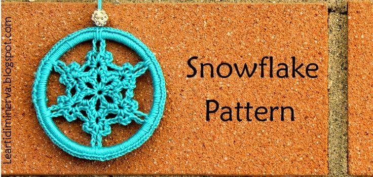 Le Arti di Minerva: Fiocchi di neve all'uncinetto! Crochet Snowflake Pattern in English and Italian by MaryJ Handmade.