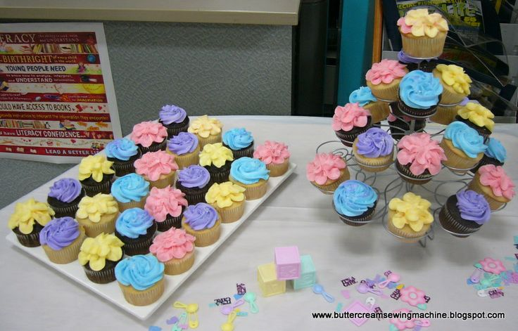kroger baby shower cakes all of the blue and purple cupcakes in this