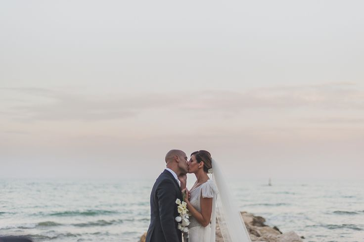 AnDphotography D+L wedding story #andphotography #weddingphotographer #wedding #weddinglocation #sea #sunset #beach #brideandgroom #justmarried #love #kiss