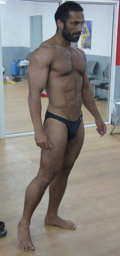 Arabian Naked Hot Guy Img 14