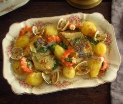 Image of Cod in the oven with shrimp and clams | Food From Portugal
