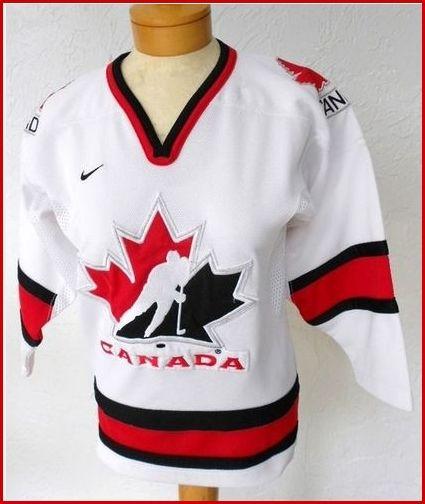 http://www.hotlistsports.com/ Vintage Canadian Hockey Shirt