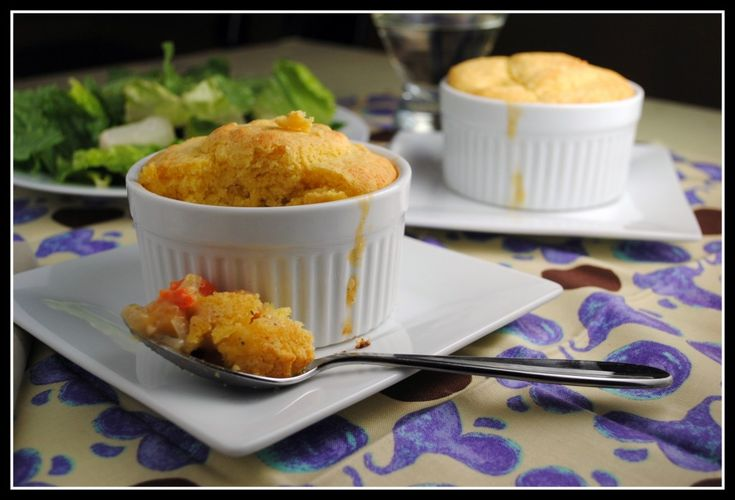Chickpea Potpie with Cornbread CrustMeatless Mondays, Chickpeas Potpie, Vegetarian Chickpeas, Chickpeas Pots, Cornbread Crusts, Pot Pies, Dinner Recipe, Corn Breads