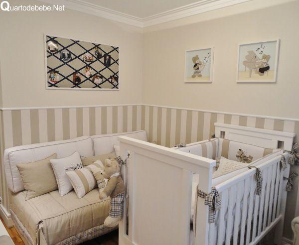 quarto de bebê bege e xadrez