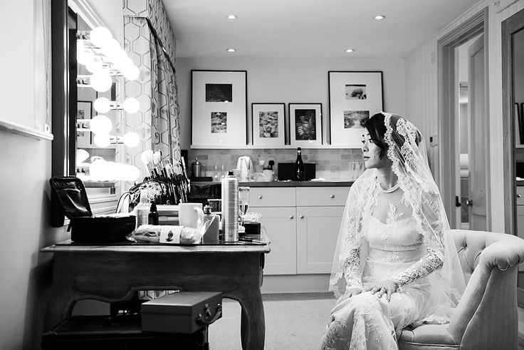 Relaxed bride pre wedding photography. Creative Wedding Photography Cambridgeshire. © Fiona Kelly Photography