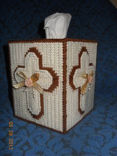 Cross Tissue Box Cover in Plastic canvas by SpyderCrafts on Etsy