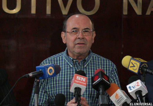 "Contundente: Las Verdades que tuvo que ""calarse"" Maduro de Hiram Gaviria sobre la Revolución Agraria"