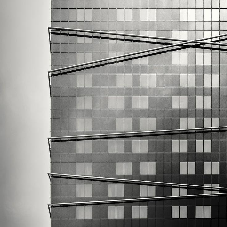 Photographie, Numérique dans Construction, Edifice, Immeuble, Canon EOS 30D - Canon Zoom Lens EF 24-70mm 1:2.8 L USM, Photoshop CS6, Hotel, Ljubljana - Slovenia - Image #582080, Italy