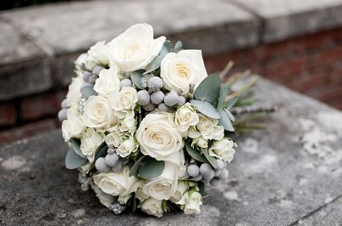white & silver winter bouquet    Louise Beukes Styling