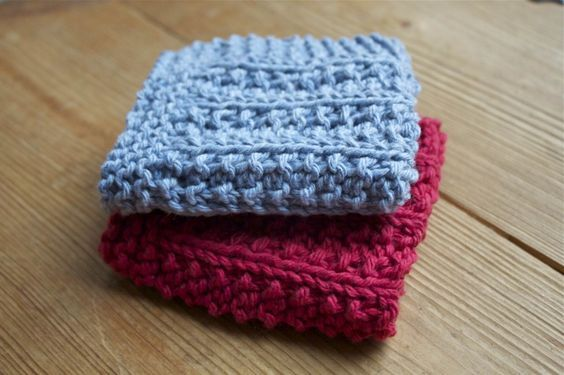 Another easy dish cloth. I really like making this one and can see how I could adapt this to be a stripped afghan.