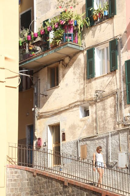 The Red Studio: Italy Tour: Cinque Terre