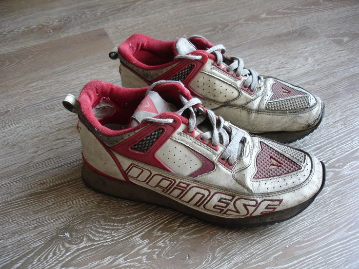 Old Shoes of Dainese -Red