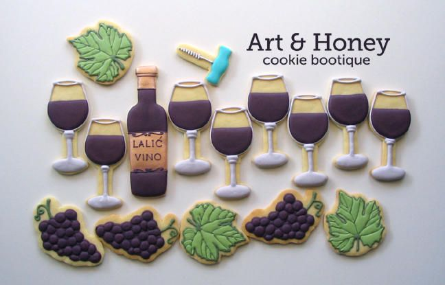 wine glass, bottle and grapes cookies