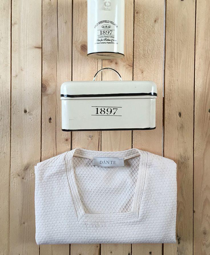 "Folco"" square-neck tshirt. #light #beige #ecru #wood #vintage #stillife #potd #motd #ootd #tshirt #cotton #square #box #madeformen #homagetomanhood #color #mondaymood #dante #dantemen #dantemenswear #menswear #men #menstyle"