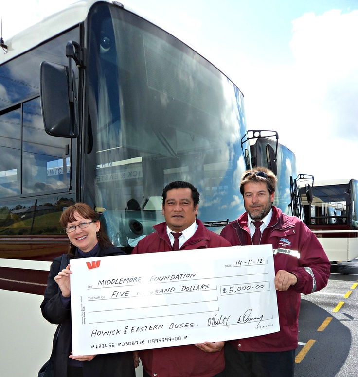 Bus drivers Michael Galpin & Tavita Milo presented Joanne Hand, from Middlemore Foundation, a big cheque from their workplace, Howick & Eastern Buses Ltd.   Thank you Howick & Eastern Buses Ltd for this generous donation and ongoing support.