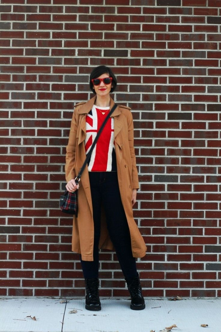 Wearing good ol' Union Jack on my blog. How I styled a graphic sweater!