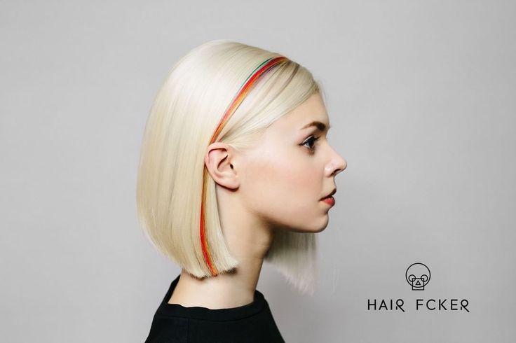 Преображая людей, вы всегда должны понимать какую функцию должен нести тот или иной выбранный вами дизайн волос.С помощью игры цвета можно создать рельеф на волосах, глубину или специфические блики.  Hair - @kirill_hairfucker & @maria_hairfucker Photo - @photogorskaya MakeUp - @vikspolubviks Model - @raduzni_pony  Запись онлайн: https://vk.com/app5581020_-37255358 или по телефону +7 (812) 642-90-04
