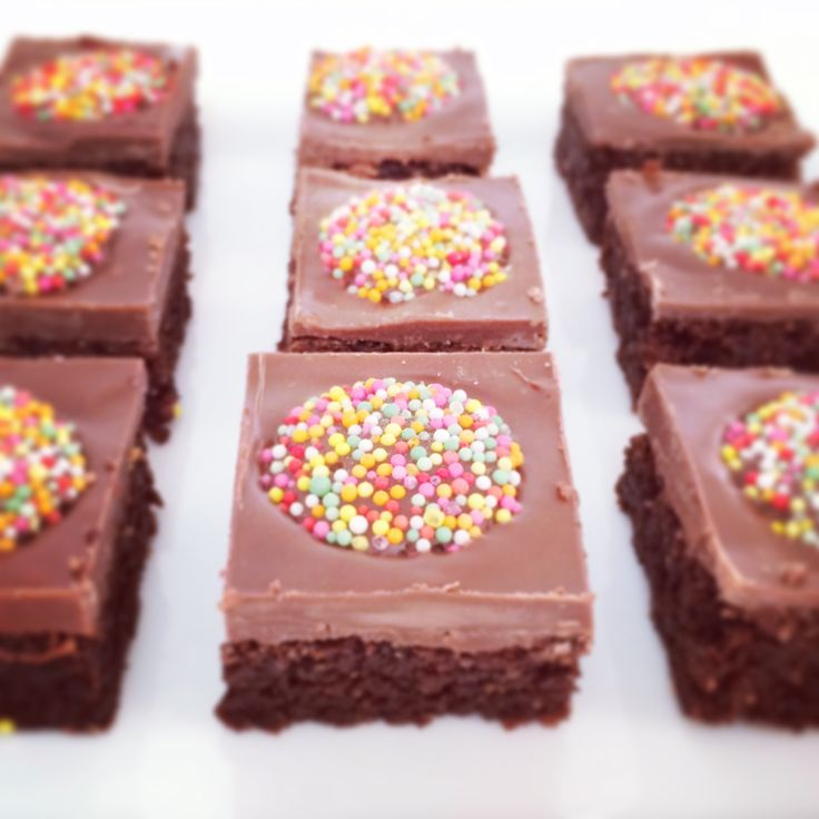 Welcome to our Fabulous Foodie Fridays party! Here's a quick and easy Chocolate Weet-Bix Slice that is guaranteed to be a favourite in your house!