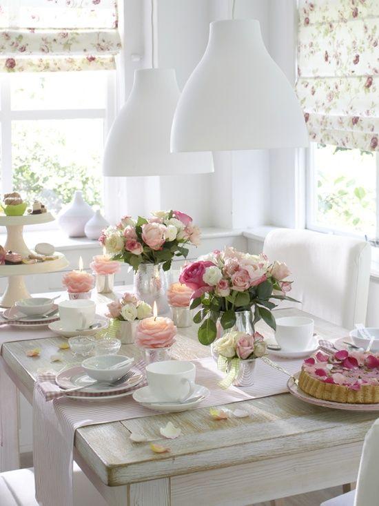 Shabby white dining area
