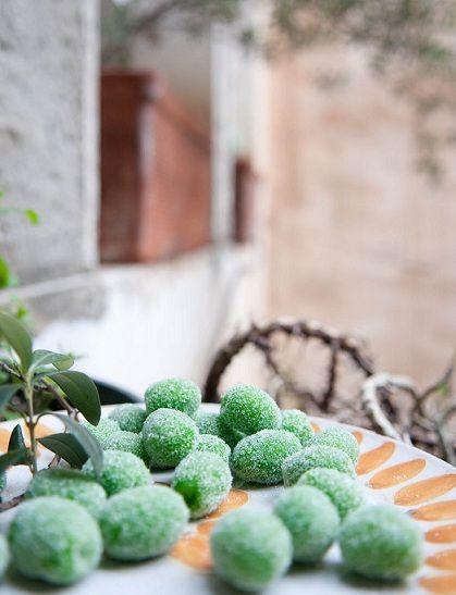 OLIVETTE di Sant'Agata una ricetta tipica che si trova nelle pasticcerie…