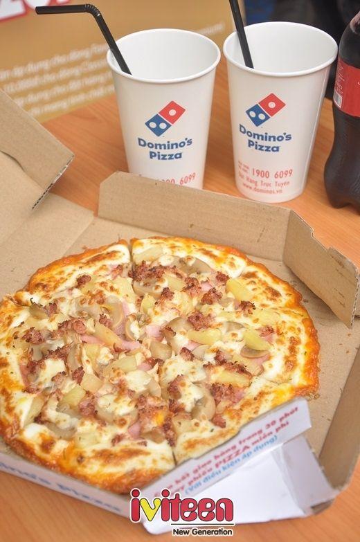 Hấp dẫn với bánh pizza viền phô mai mới của Domino - http://www.iviteen.com/hap-dan-voi-banh-pizza-vien-pho-mai-moi-cua-domino/ Nếu đã là một tín đồ pizza, hẳn bạn không hề xa lạ với các loại bánh viền phô mai. Mới đây, Domino's pizza, một thương hiệu pizza nổi tiếng tại Việt Nam đã cho ra một sản phẩm mới, đảm bảo có thể làm v�