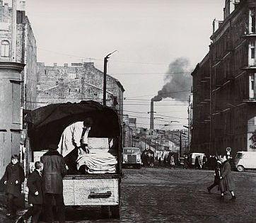 Zabkowska 1968 - Widok na komin Konesera