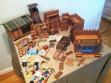 HUGE Playmobil LOT Wild West, tools, weapons, animals, furniture, Fort Bravo