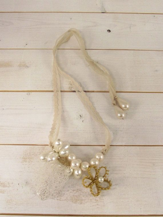Gold Plated Silver vintage necklace with pearls. Handmade Gold Plated Retro Necklace with Lace and a flower motif. Bridal Necklace