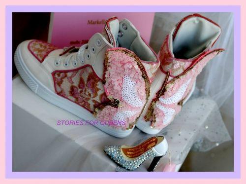 Χειροποίητα γυναικεία αθλητικά παπούτσια stories for queens με εσωτερική φιάπα στολισμένα με δαντέλα και πεταλούδα από παγιέτα  Βρείτε το στο παρακάτω σύνδεσμο: http://handmadecollectionqueens.com/γυναικειο-αθλητικο-παπουτσι-με-δαντελα-και-πεταλουδα  #handmade #fashion #sneakers #women #storiesforqueens #footwear #αθλητικα #μοδα #χειροποιητο #γυναικα
