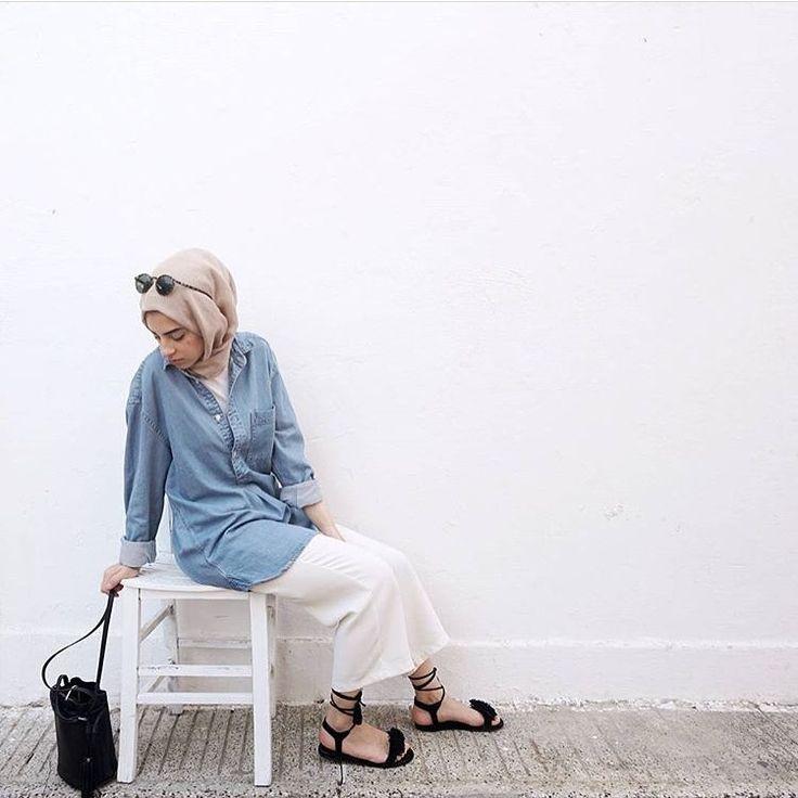 943 vind-ik-leuks, 6 reacties - @hijabmodestylee op Instagram: '♥️ #fashion #hijaber #hijabfashion #hijabstyle #hijabers #fashiongram #look #like #like4like…'