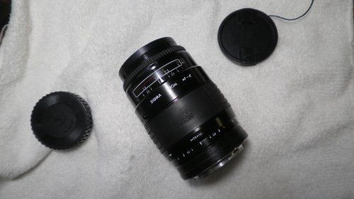 35-135mm F3.5-4.5 AF Sigma ZOOM lens for Pentax auto and manual focus cameras
