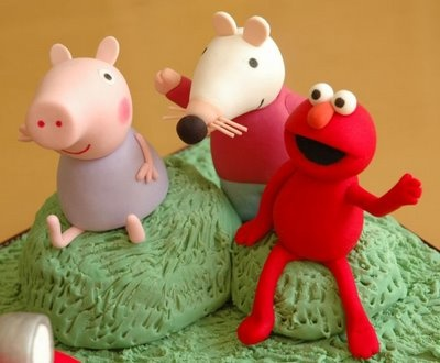 Peppa Pig, Maisy Mouse, and Elmo: Peppa Pigs, Pigs Cakes, B Day Parties, Cakes Decor, Elmo Character, Bday Parties, Parties Theme, B Day Cakes, Parties Fun