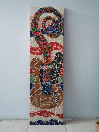 Mosaico guitar.