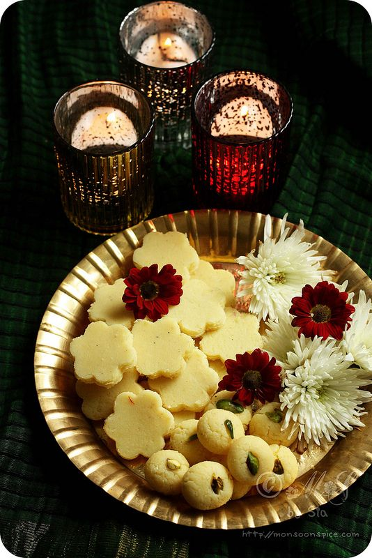 15 Minutes Microwave Doodh Peda (Milk Peda) Recipe | Step by Step Doodh Peda Recipe | Diwali Sweet Recipe - Monsoon Spice | Unveil the Magic of Spices...
