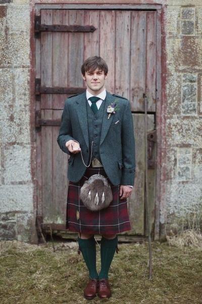 10 Grooms who rocked a kilt - Rustic romance | CHWV