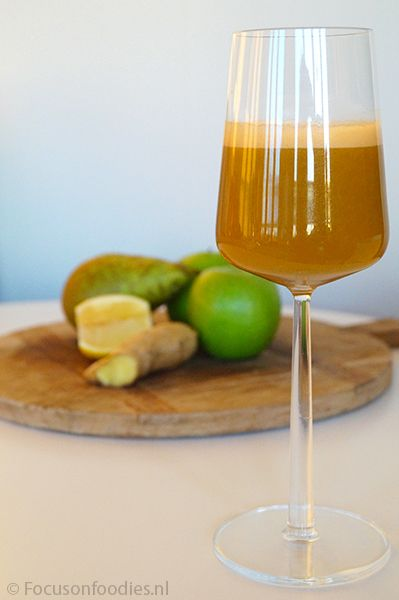 Slowjuice recept: Mean Orange Baby met wortel, paprika, appel, peer, gember en citroen