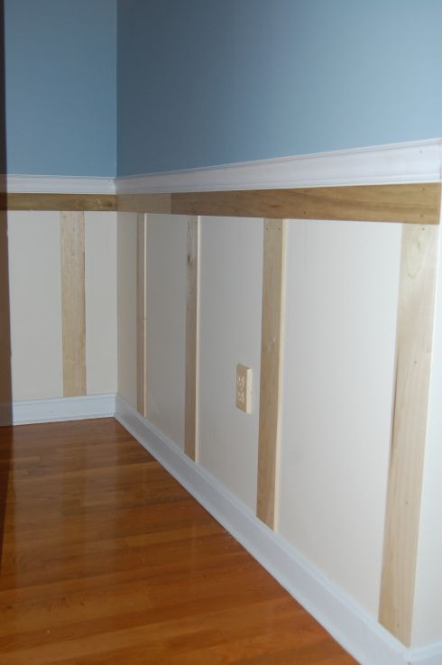 101 best images about diy molding trim wainscoting on for Wainscoting designs dining room